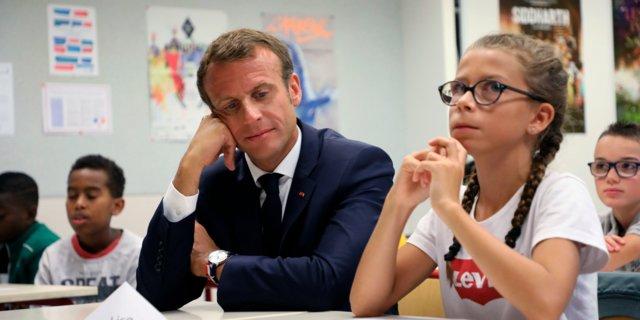 法國校園禁用手機 望孩子提升集中力_黃巴士