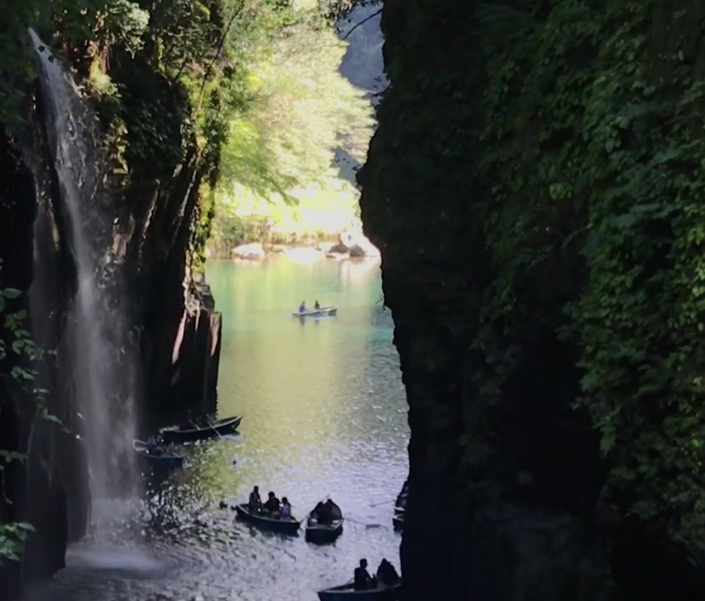 【福岡親子遊】流水麵與瀑布划船初體驗  遠遊高千穗峽值回票價_黃巴士