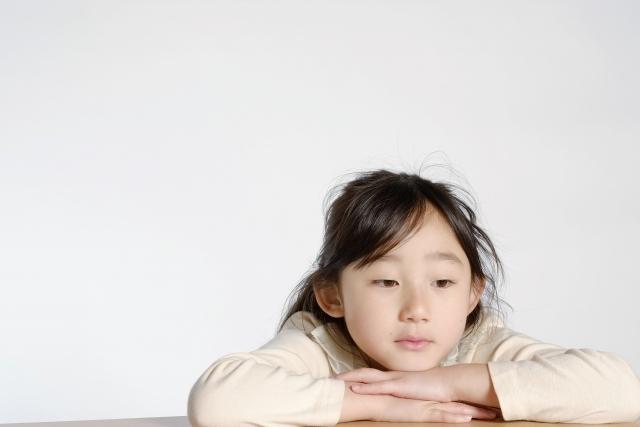 制止成年人對孩子的欺凌行為_劉余寶堃太平紳士_黃巴士